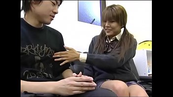 japanese sisters twin Milf and her fucked by geek on bus 03