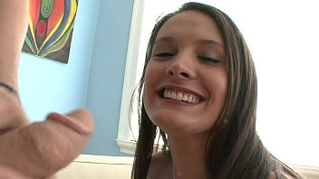 a gives hell brunette one hd blowjob of Pilladas con torbe noemi myhyv3