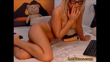webcam dildo blonde 50 pus milf
