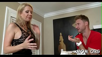 wicked sex ebon gets a babe from dude oral Offre d emploi soubrette pour homme 48 ans