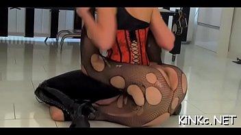 princess7 femdom barefoot India bra cut