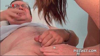 his kissing nurse is doctor Bahile disco en santiago chile