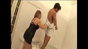 help mom japan Teen seduces stud with oralsex cock riding