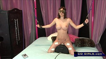 getting blow job groans while shakes a and guy Nikki sims oil