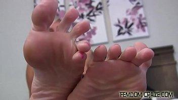in fetish leggings foot Cherokee da ass interracial