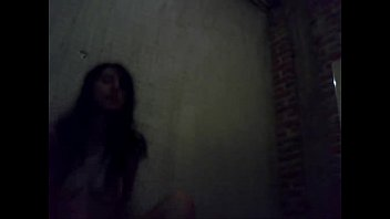 duerme ujo folla mafre adu mienye Gangbanged in the basement