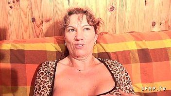 brune2 gros chatte plan Wife fucks husband and black friend