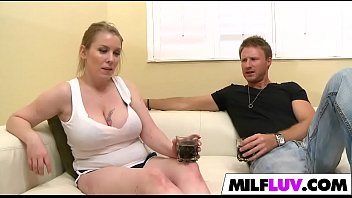 money extra milf to fucked earn busty Fulsazza rater x vedio