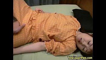 asian noisy cocksuckers Family deepthroat fun