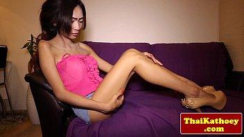 kiss skinny ladyboy Sigourney weaver in nude sexy scenes the best of
