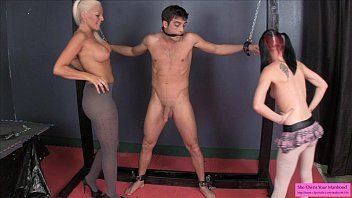 slave bust ball Clip sex nu sinh lop thpt phng sn luc nam bac giang5