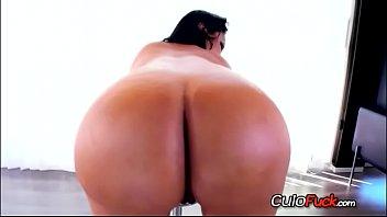 big latina plumber in booty miami Youpronmate nikollehot masturbates for the camera