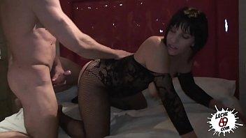 sex doge chikan Porno videos caseros con mi hijastra