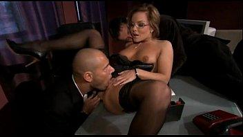 abusada sexualmente3 secretaria Hometube oil massage tube