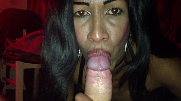 cum make mouth Girls learn how to give a blowjob