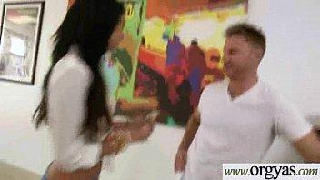stepgirl girl seduce massage Hindi wedding night xxx videos
