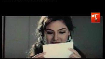 ni song download kaisa aaya ishq be h sukoon me Dalida italian movie