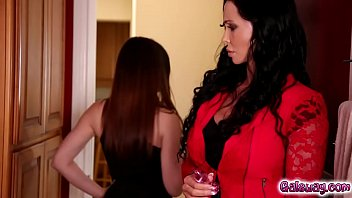 son1 mom her not and Hot sexy housewives fucked hardcore movie 28