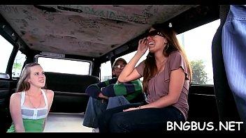 banged in bus Mom wtf arabmomdaughtarjulinnavegamiakhalifa1181