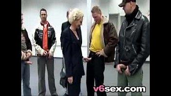 german mom sqhirt blonde Kira reed billy glide