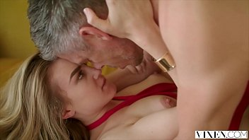 doge chikan sex Aishwarya rai lip kiss scene