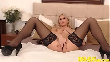 tv vrt5 strip Fat black ass