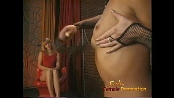 watching blonde masturbation porn Night crawling voyeur