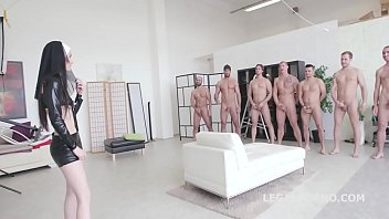 serveuse anal gangbang la rgina 18me du pour Reality kings omg i just fucked my in law brazzer big dick