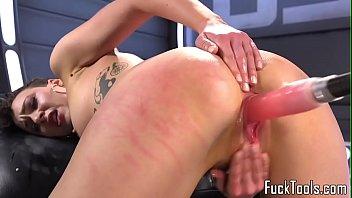 video klitoris porn Slave girl eat scat