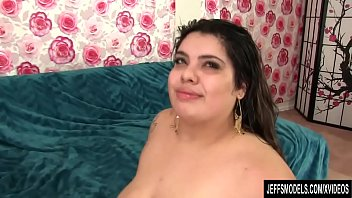 newphew aunt and bbw Daughter plays with dad in shower