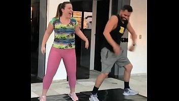 traindo loira marido Extra fat woman squirting