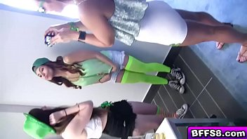 babes sex on cam hot lesbian mvk1858two having Elizabeth gillies look alike