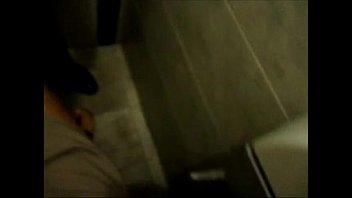 do banheiro boliche Small aon and mom