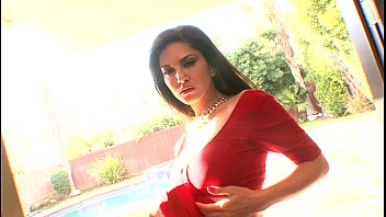 vidieos sunny xxx play leone Pakistani hijabi muslim desi enjoyingewhatsappnumber