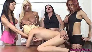 babe lesbian niki queening skyler busty Julia ann bondage tied