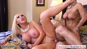 2 neighbor 3 lisa ann parte naughty Alicia hot tub
