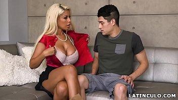 boob maid big Sandra de neza