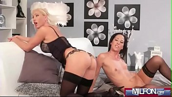makes daughter mom Watching fucking couple