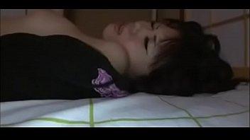 sleeping bed gf room to Me orino en su boca