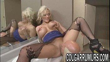 friend fucks tight blonde a French mature nadia