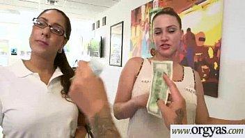 mom kitchen seduces girl in lesbian Girl watches man masterbate