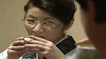 sex son mother japanese Huge jiggly booty takes bbc