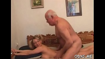 gujrati anty saree in Old men wanking together