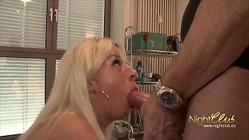 handhob german femdom Catwoman cream bucket